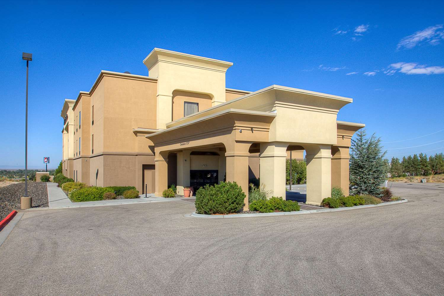 Hotels Near Mountain Home AFB