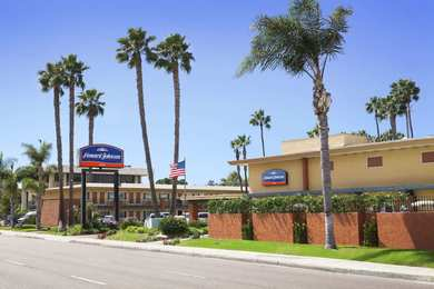 Hotels Near Mcrd San Diego See Military Discounts