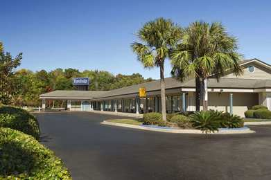 Hotels near Fort Stewart See Military Discounts