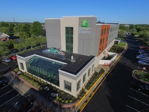 Holiday Inn Express Hotel & Suites Quantico Stafford